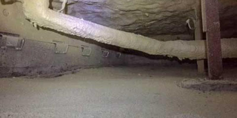 crawl space with a rat slab